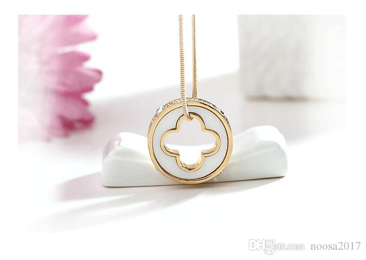 Black and white clover lucky circle European royal style 316L stainless steel sweater chain pendant accessories necklace With Czech diamonds