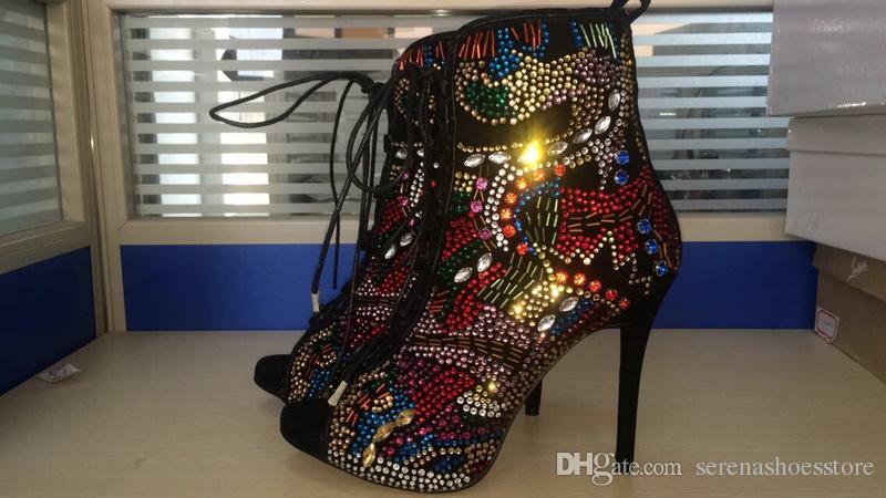 2017 Macio De Couro Rendas Até Mulheres Tornozelo Botas Sapatos Mulher Multi Strass Coberto de Salto Alto Mulheres Sandálias Botas Zapatos Mujer