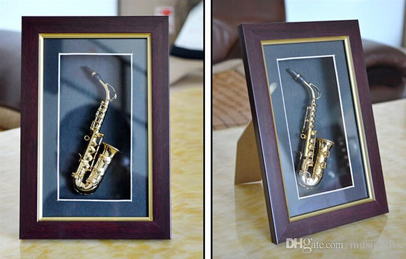 Мода ручной mad мини - Золотой саксофон модель витрина настенный каркас украшения металла саксофон модель