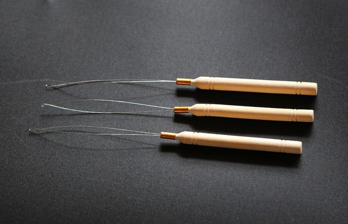 Çekerek İğneler Paslanmaz Çelik Tel Döngü Ile Ahşap Saplı Tıp Araçları Kiti Mikro Boncuk Saç Uzantıları Için Çekin Toptan İğneler