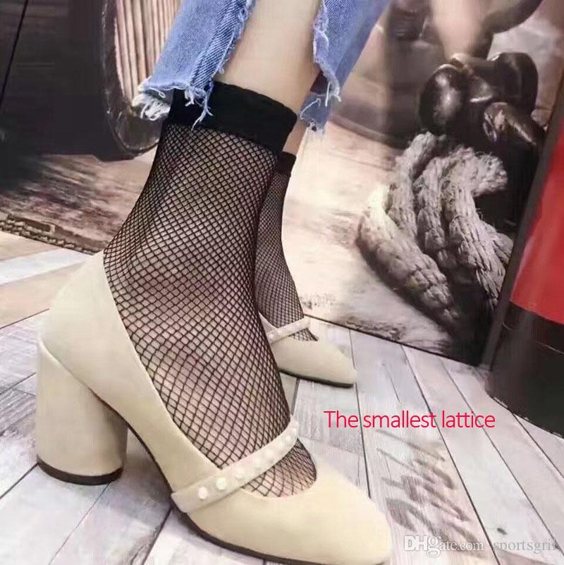 High Quality Women Girls Students Fashion Fishnet Socks Hallow Out Mesh Short Socks Good Elasticity Ribtop Sexy Black Fishnet Stockings