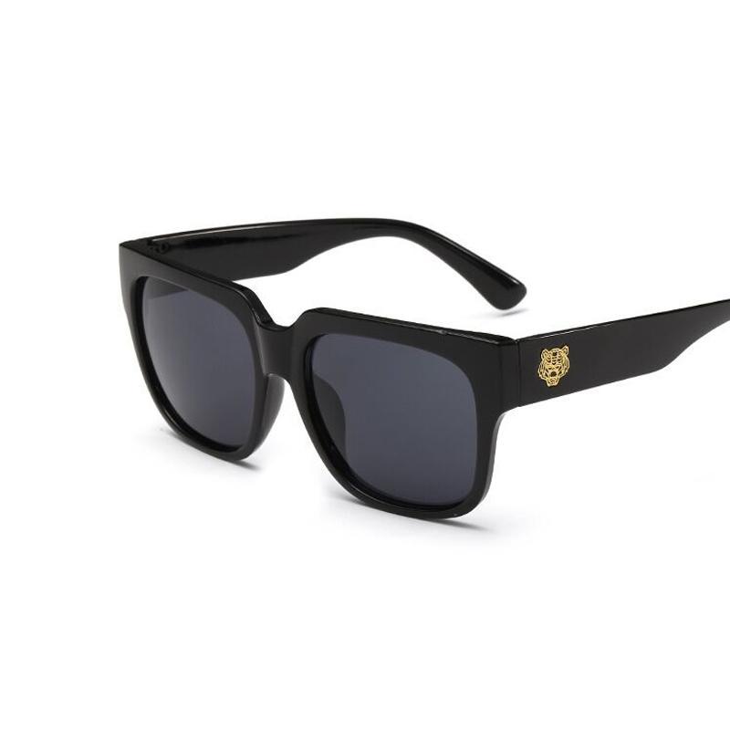 fd6722aebf All ingrosso-moda occhiali da sole retro tiger testa rettangolo occhiali da  sole uomo outdoor sport oculos de sol masculino uomo originale gafas de ...
