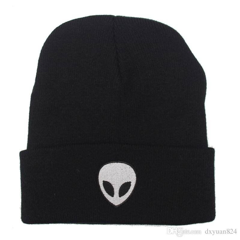 Europe Style Fashion Street Knitting Hat Embroidery Alien Cap For Men And Women Autumn Winter Beanie Skull Hat Warm Soft Cool Cap
