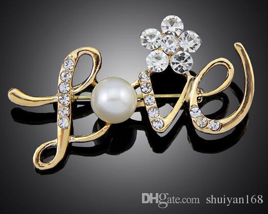 AŞK Şekli iğneler Düğün Broş Rose Gold Pearl Rhinestone Kristal Çiçek nedime Broş Pin Bildirimi Takı Noel Hediyesi