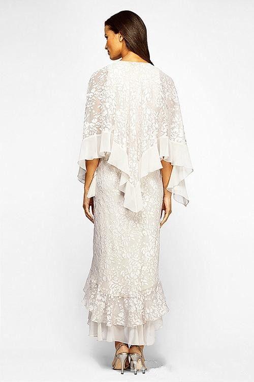 2017 Chiffon Trompete / Meerjungfrau-Linie Abiballkleid mit Perlenstickerei U-Ausschnitt Wadenlang Kleider für die Brautmutter mit langen Ärmeln Jacke
