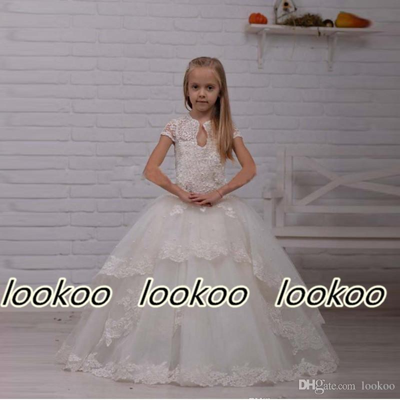 Moda caliente larga una línea de marfil blanco por encargo vestidos de flores de las muchachas para la boda apliques de encaje con cuentas de tul vestidos de desfile de niños para el baile de fin de curso