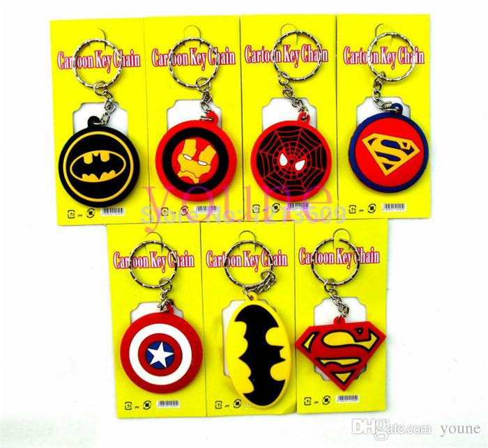 Heiß! 40 stücke Batman Spiderman Superman Captain America Silikagel Keychain Mode Schlüsselanhänger Anhänger Abbildung Modell Zubehör Geschenke