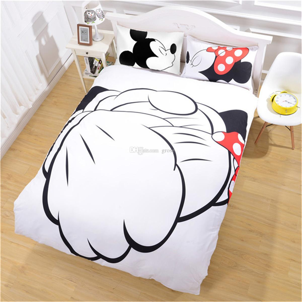 Mickey Mouse Bedding Set Cartoon Kids Favorite Home Textiles Plain Printed Stylish Bedclothes Single Double Queen Size 0711032