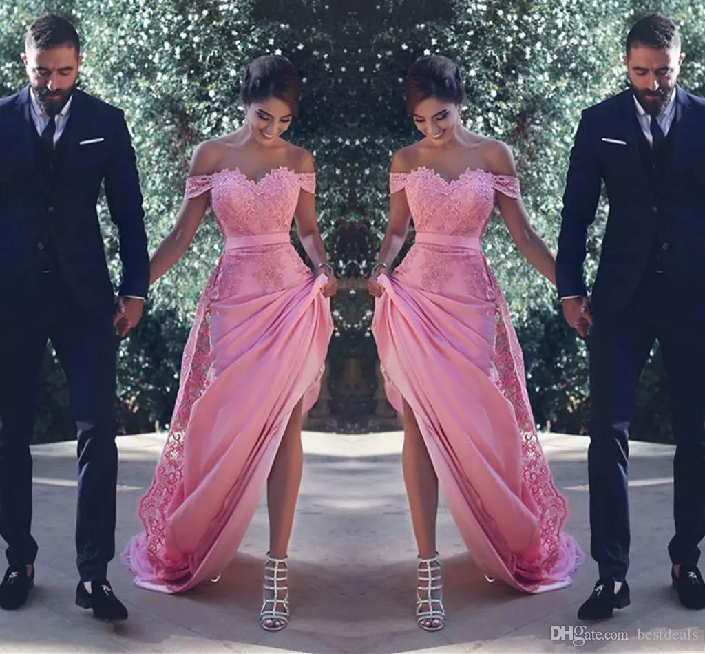 명예 저렴한 칵테일 드레스의 섹시한 꺼짐 어깨 들러리 드레스 긴 레이스 아플리케 장식 띠 A 라인 웨딩 게스트 드레스 메이드