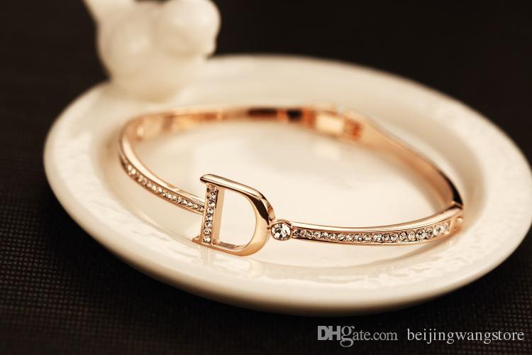 Розничные женские манжеты браслет старинные 18K позолоченные Zircon буква подвески браслет браслетов для партии корейский бренд ювелирных изделий
