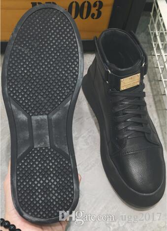 Winterstiefel der neuen Männer Herrenstiefel Kurze Stiefel in den staatlichen Freizeitsport männlichen Studenten Flut