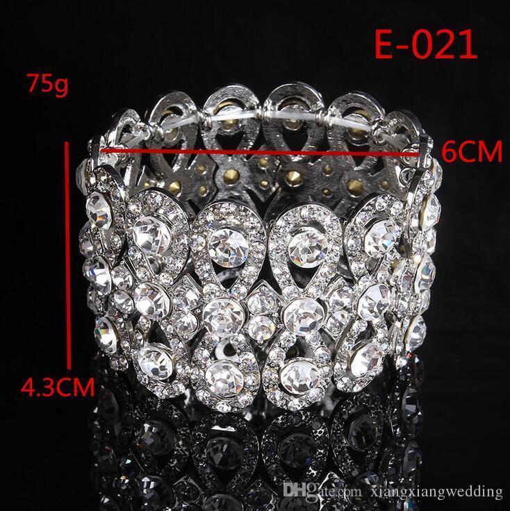 Las pulseras de las manos de la novia del estilo europeo llenas de la joyería de la nueva aleación de las mujeres del Rhinestone de la pulsera ancha floral retro
