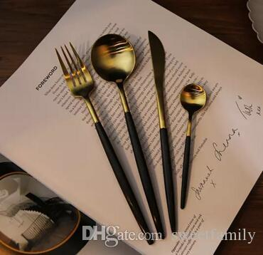China V Shaped Knife Stainless Steel Gold Flatware Knives Western Food Dinnerware Fork & Knife &Spoon Tableware With Handle