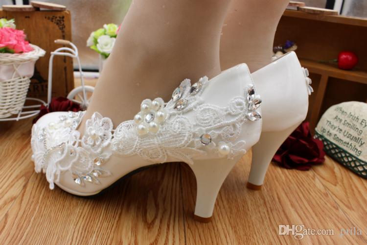8CM tacchi scarpe da sposa in pizzo bianco donna tutto fatto a mano pizzo dolce fiori femminile partito ballo prom dress scarpe DG192 spedizione veloce
