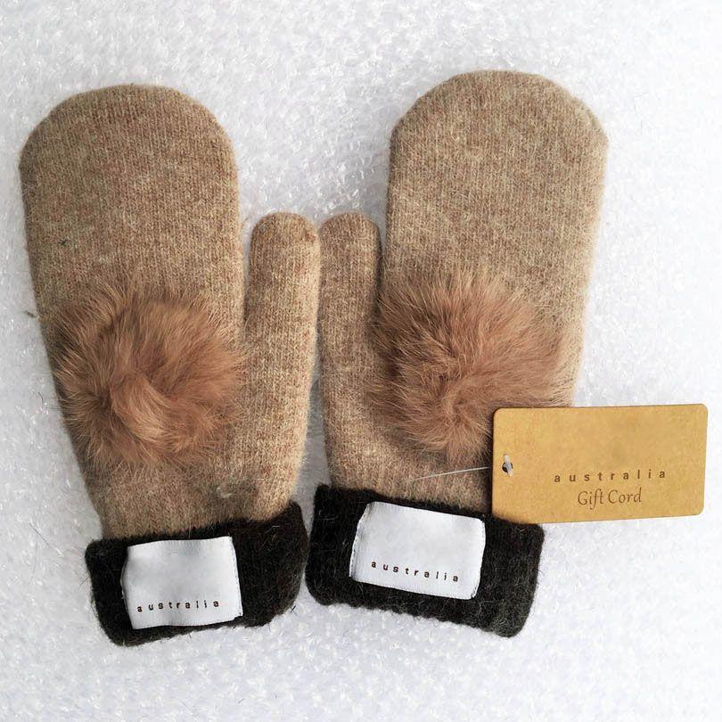 Guanti da donna di moda inverno e autunno guanto di guanti di cashmere con bellissimo sfera di pelliccia Sport all'aperto Guanti invernali caldi