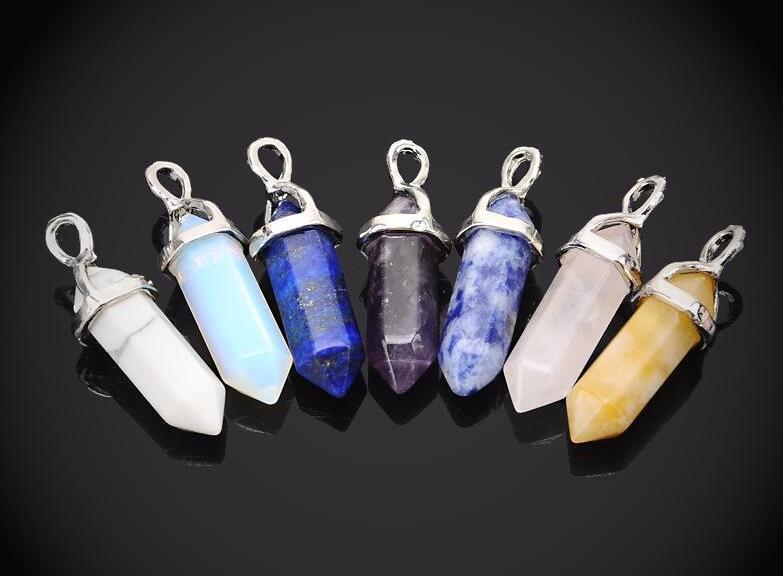 Collares Colgantes Hexagonal Prisma Piedra preciosa Roca Cristal Natural Cuarzo Punto de curación Chakra Piedra Encantos largos Cadenas Collares para mujeres 20
