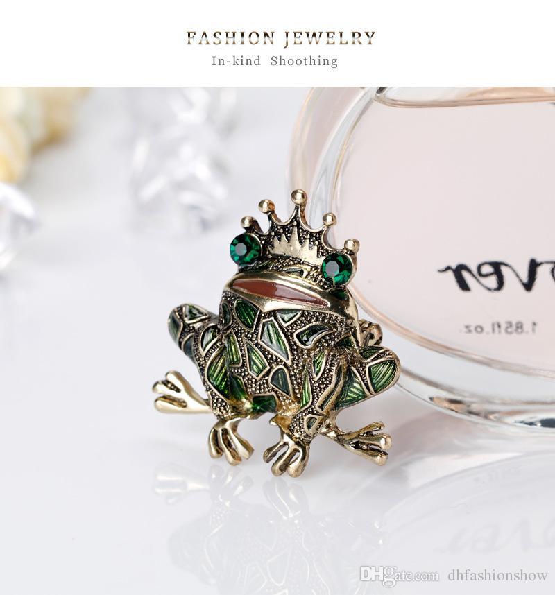 Vintage Crown Green Strass Augen Frosch Brosche Insekt Toad Broschen für Männer Frauen Kinder Pullover Schal-Mantel-Schmuck Pins Schal Schnalle
