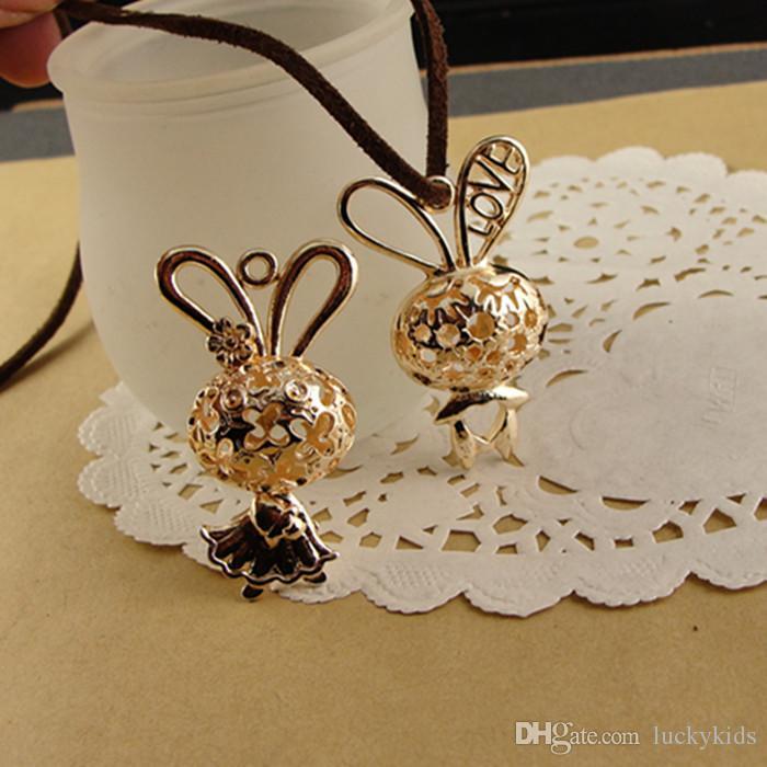 44 * 26 * 13 MM Antique Bronze golden charme Coelho Mãe, DIY oco acessórios da jóia do vintage retro brilhante KC ouro animal pingente