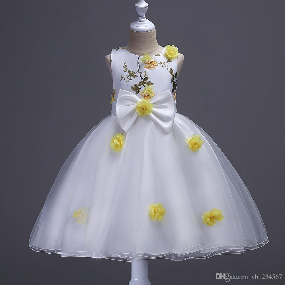 b423f7fedb013 2019 2017 Summer Style Kids Dress For Girls Clothes Flower Lace Princess  Party Costume Girl Dress Children Clothing Christmas Fluffy Ball Gown From  ...