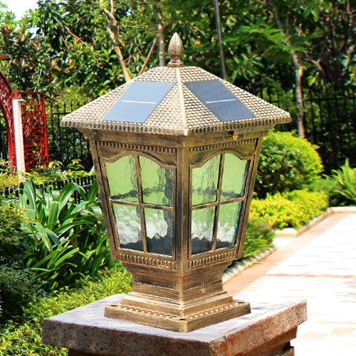 Acquista Lampada Solare Da Giardino Con Montante A Led Con Corpo In