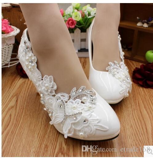 Shoes women white dress.
