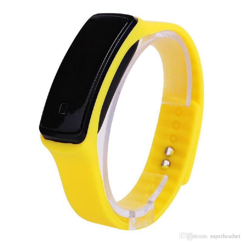 Высокое качество унисекс водонепроницаемый светодиодные силиконовые смарт-группа цифровые часы спортивные наручные часы для мужчин женщин