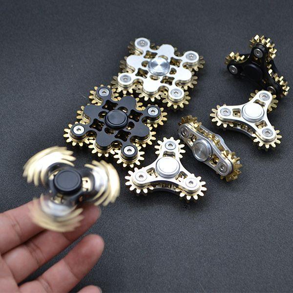 Four Teeth Linkage 4 Gear Hand Spinner 3 Teeth Gear Handspinner