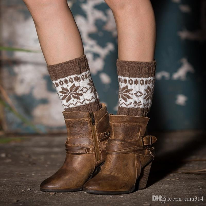 Compre Atacado Novo Stretch Lã Boot Cuffs Meias De Tricô De Alta Qualidade  Mulheres Flower Warmers Guarnição Toppers Meias A0578 De Tina314 9a24fb7a128ec