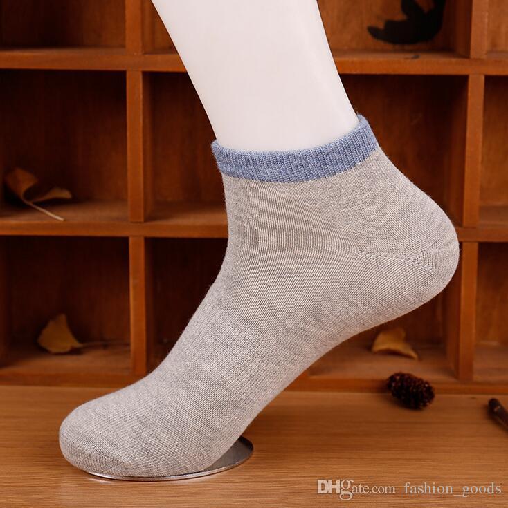 Qualitativ hochwertige Frühjahrs- und Sommermänner reine Farbe Taille Bootssocken Schweiß Deo Sport Casual wilde Socken NW007