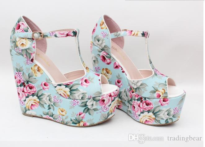 Wholesale Wedges Summer Romantic Flower Floral T-Strappy High Wedge Heels Sandal
