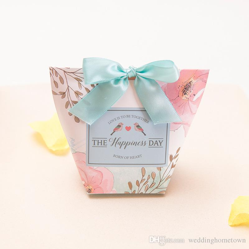 High Quality 2017 Romantic Card Paper Wedding Favor Boxes Candy