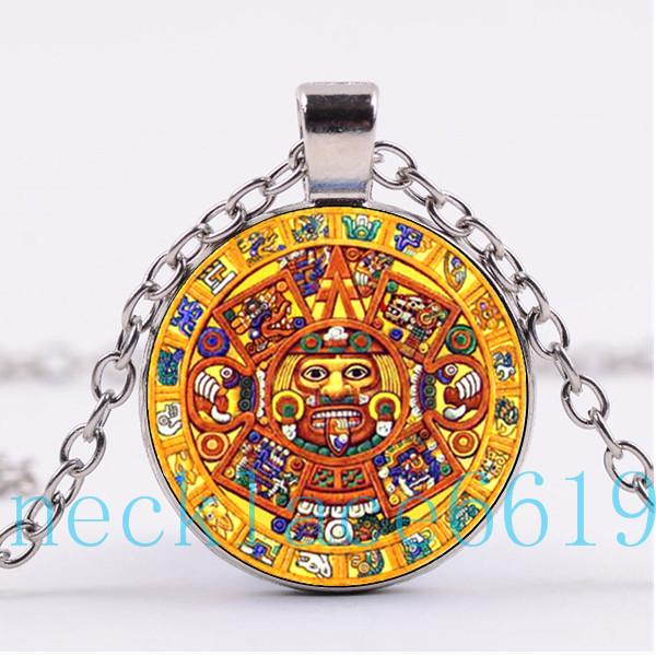 Wholesale mayan calendar wheel necklace pendantchristmas gift wholesale mayan calendar wheel necklace pendantchristmas giftbirthday giftcabochon glass necklacesilverblack fashion jewelry r 1128 pendant for aloadofball Images