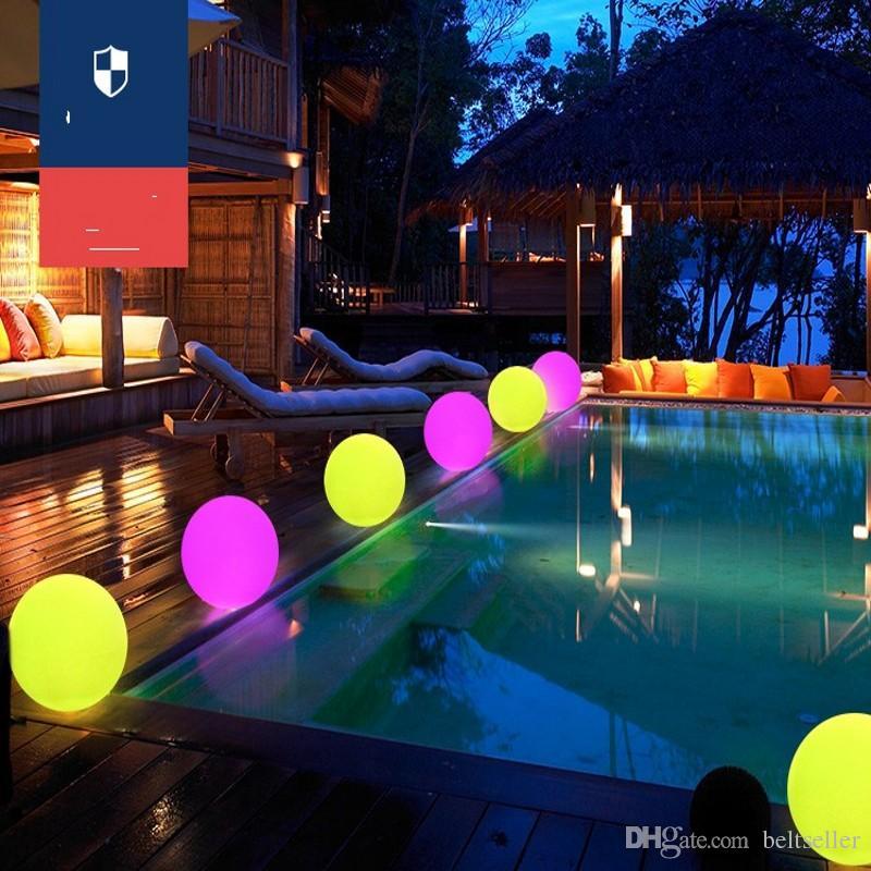 Nuova acqua galleggiante impermeabile LED palla colorata cambiata Ricaricabile palla led 20cm 30cm 40 cm colore RGB la casa giardino piscina decorazione