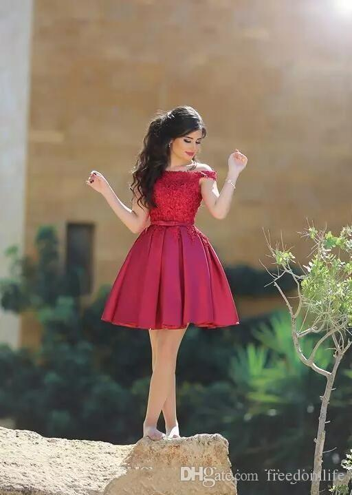 Little Red Short Cocktail Dresses Knee Length Off Shoulder Lace Top A Line Satin Formal Party Wear Short Prom Dress Cheap Party Gown