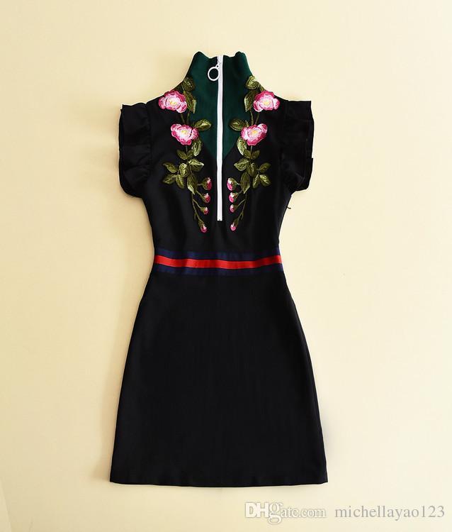 Взлетно-Посадочная Полоса Платье 2017 Черный Стенд Воротник Цветочные Вышивка Короткие Женщины Платье Бренд Же Стиль Vestidos 110132