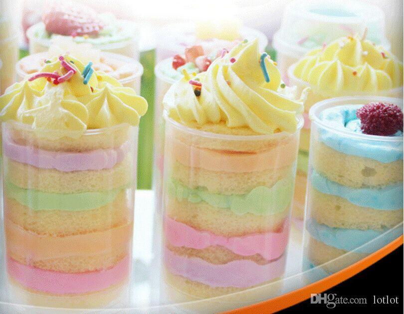 Le gâteau clair poussent des récipients de bruit de poussée de gâteau pour des petits gâteaux, outils de cuisine de moule de crème glacée de gâteau