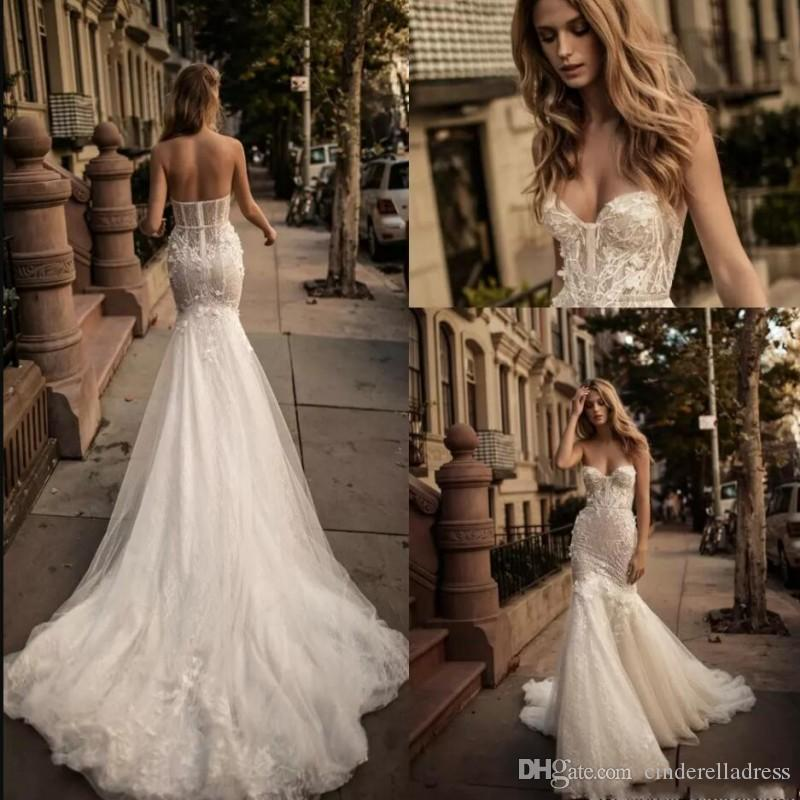 Berta Bridal Mermaid Fall 2017 Wedding Dresses Sweetheart Bustier 3d ...