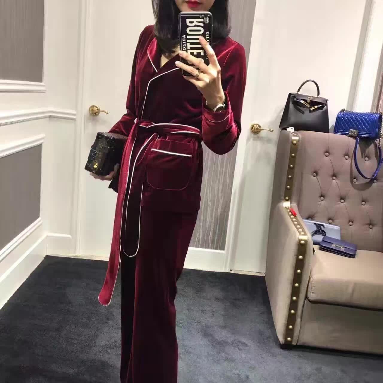 197c804d10 2019 New Autumn Designer Fashion Women Bathrobe Style Stunning Velvet Women  Blazer Tops + Pants Suit Black Red Two Piece Set From Cinda02