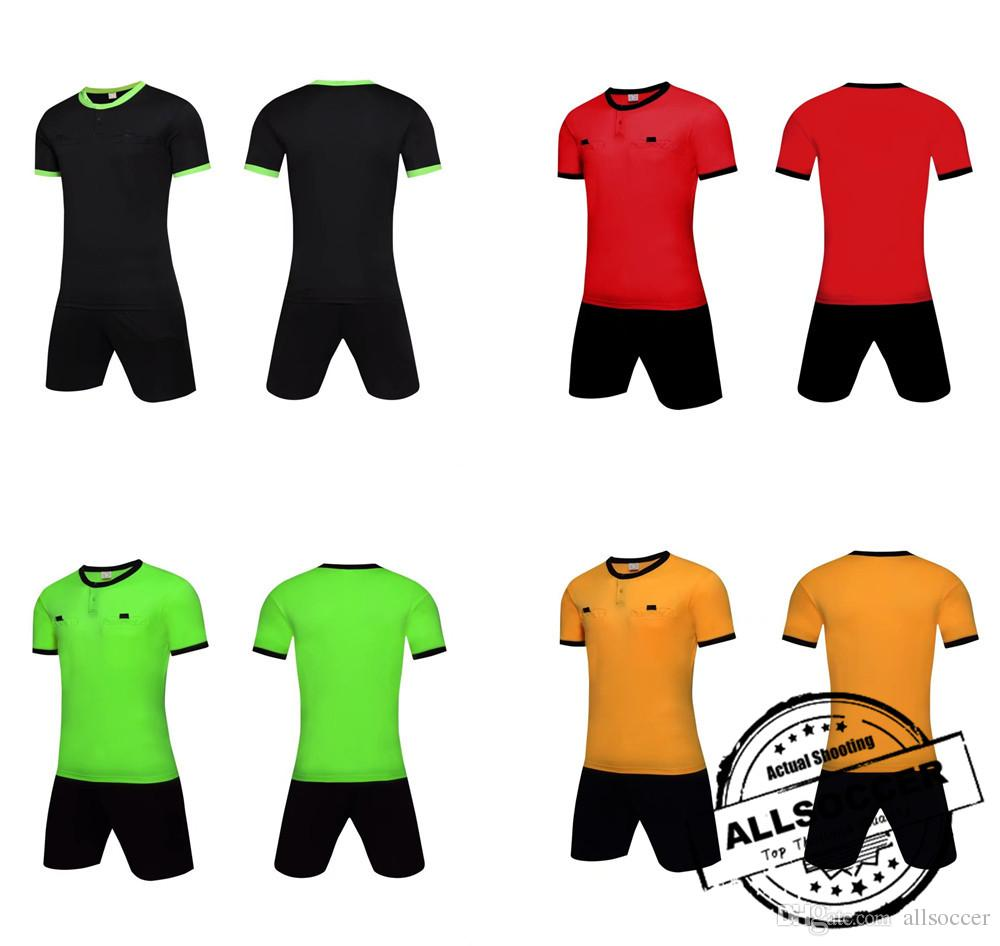 1e14da50e36  1009 Men s referee clothing soccer referee jersey supplies soccer referee  shirt with trousers 2017 best quality