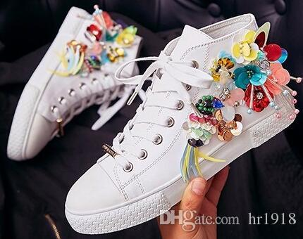 2017 women casual bead shoes fashion genuine leather with embroidered flowers lace white shoes women love bees flat shoessize34 39 2017 women casual bead shoes fashion genuine leather with embroidered flowers lace white shoes women love bees flat shoessiz