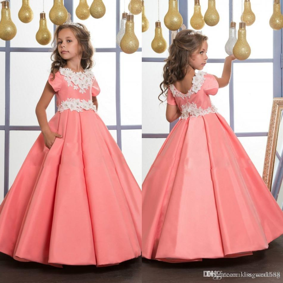 Abiti da spettacolo Grils unici Satin Ruffle With Appliques Junior Kids Party Gown Matrimoni Maniche Jewel Neckline Flower Grils 'Dress