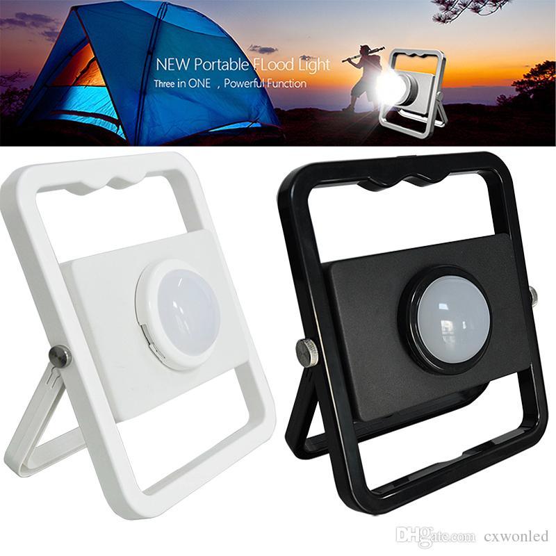 Portable intelligent d'éclairage de charge 10W 5V extérieur lumière portable d'inondation d'urgence numérique de charge pour le camping Voyages SOS