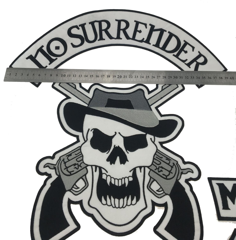 Nuovo ferro ricamato del motociclo di NO SURRENDER sulla toppa grande di dimensione posteriore della toppa grande la toppa G0415 della maglia della giacca Trasporto libero