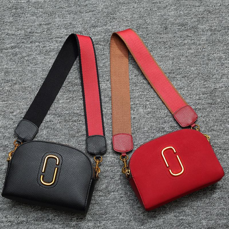 3304b909040d2 2017 New Spring Messenger Bag Retro Small Bag Bag And Female Scrub Online  with  105.0 Piece on Wjh2016 s Store