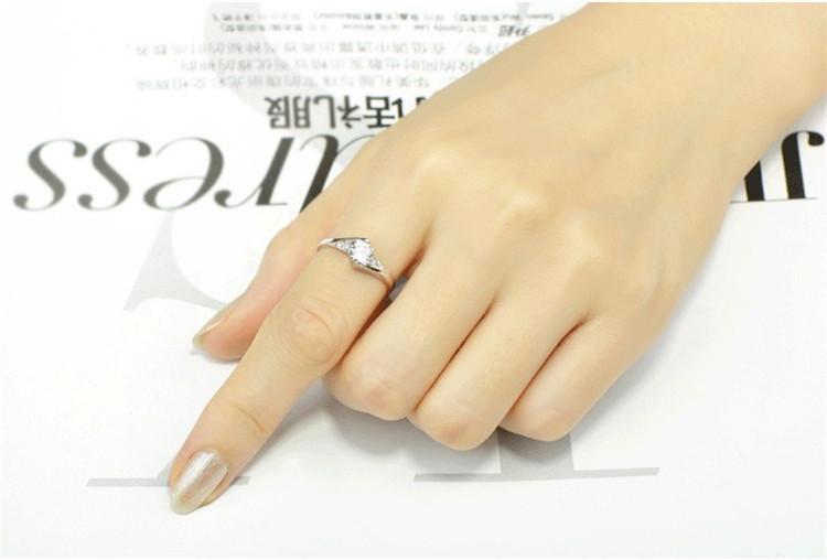 2017 Yeni lüks Beyaz Altın Elmas alyans 4 boyut Moda takı Avusturya kristal + Çek elmas yüzükler