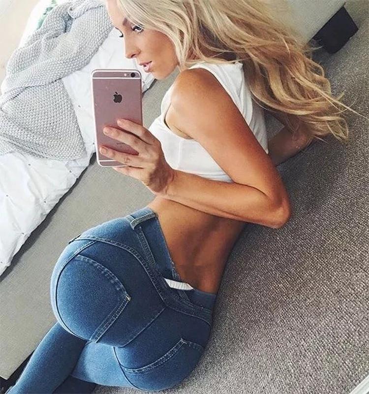 Sexy hot ass women