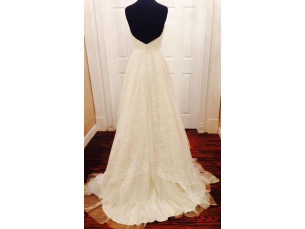 Light Comfortable Sweetheart A Line Bridal Gown Layered Skirt Chapel Train Renda Vintage Wedding Dress COR-98 Custom Size