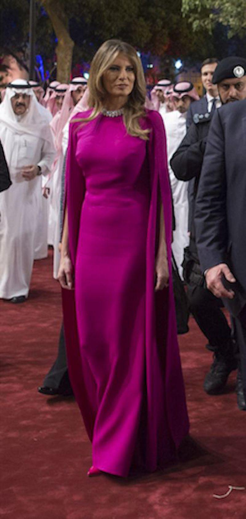 Melania Trump Same Evening Dress Saudi Arabia Elegant Respectful' Tour Outfits Floor Length Formal Dress with Long Wrap
