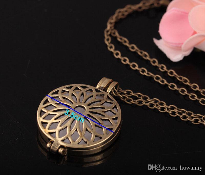 Lumineux Collier Colliers Vente Chaude Creux Fleurs Pendentifs En Argent Chaîne Colliers Pour Les Femmes Fille De Mode Bijoux En Gros 0597WH