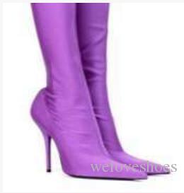 2017 الجديدة النساء منتصف العجل أحذية رقيقة كعب المخملية الجوارب وأشار تو الجوارب اللباس أحذية الصيف الصنادل الأحذية امرأة